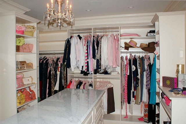 custom-storage-walk-in-closet
